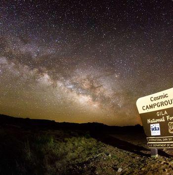 El Sendero de los Verdaderos Cielos Oscuros de Nuevo México