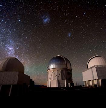 Observatorio AURA, ¿famoso centro astronómico y Santuario de Cielo Oscuro?