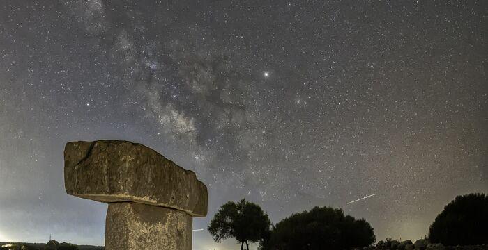Por qué elegir Menorca como tu destino de astroturismo este verano