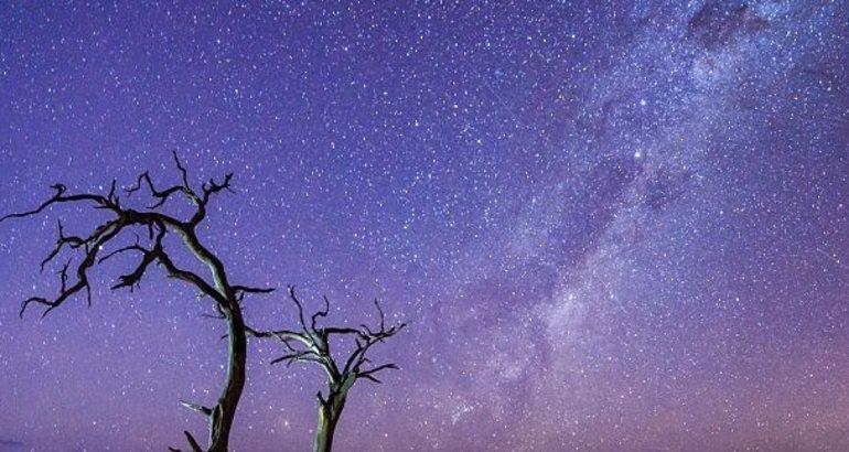 Ver las estrellas en Sesriem la puerta del desierto
